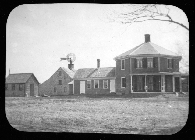 The Octagon House, 1920