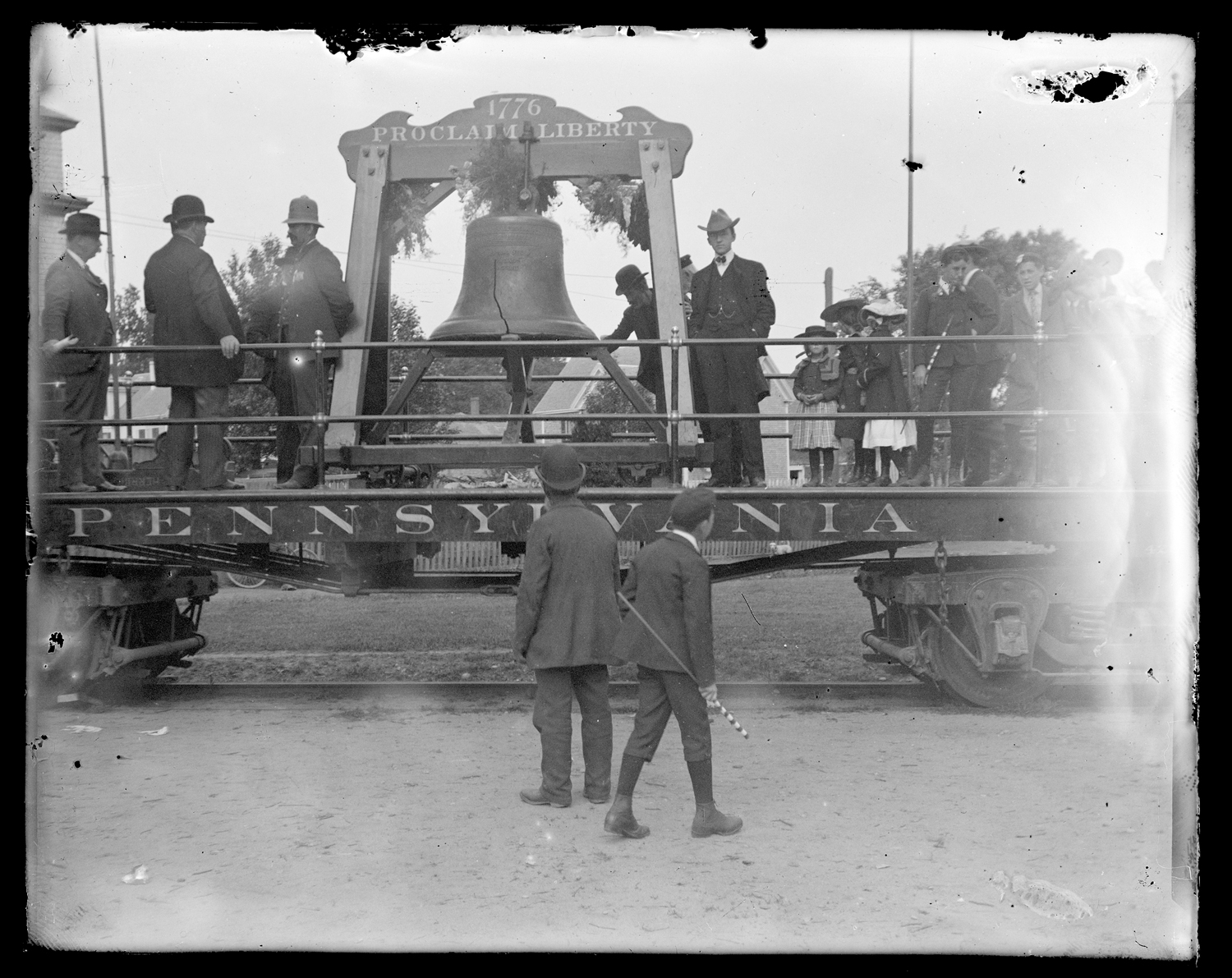 The Liberty Bell on its flatbed, 1903