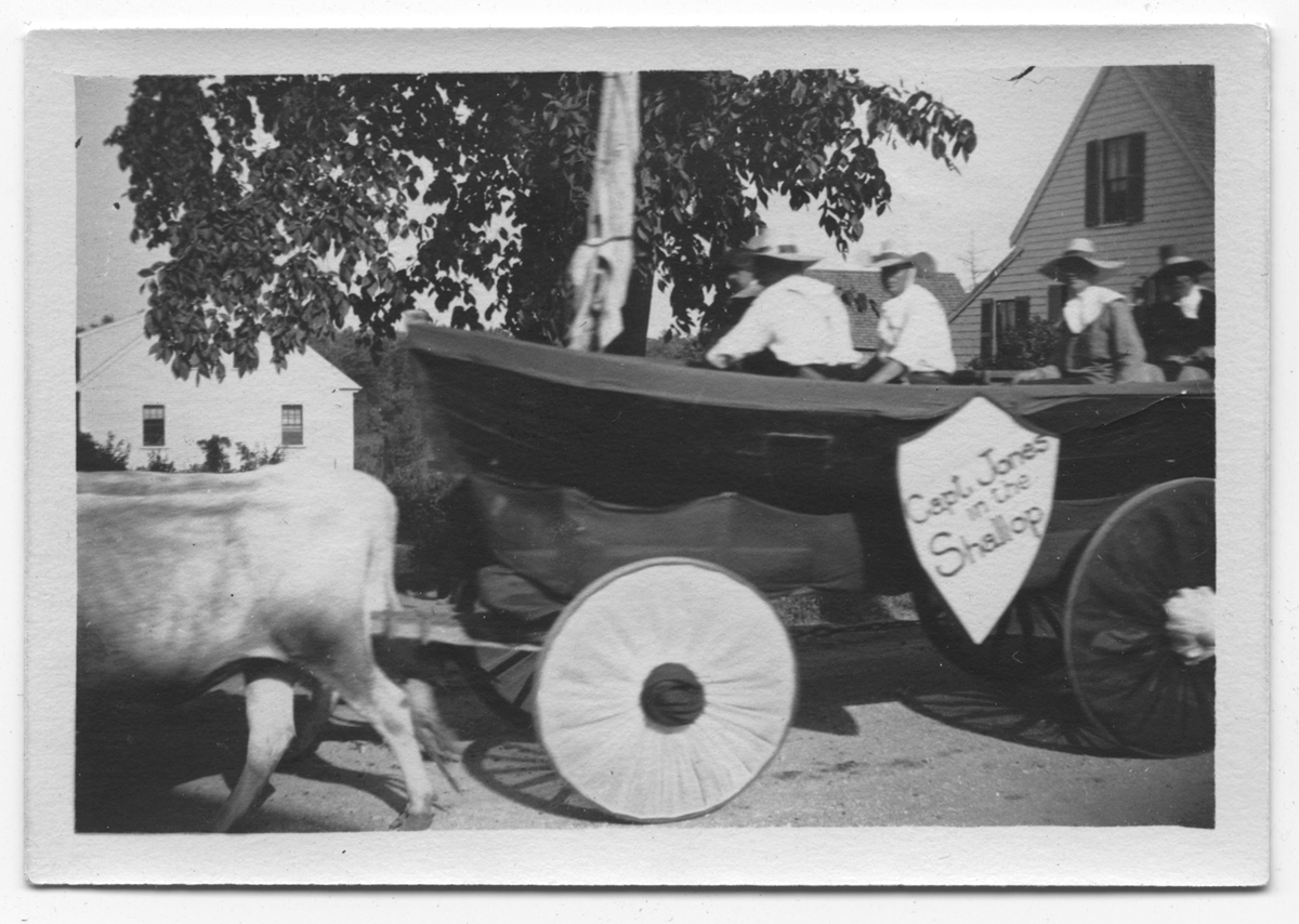 Captain Jones in the Shallop float, 4th of July Parade, 1910