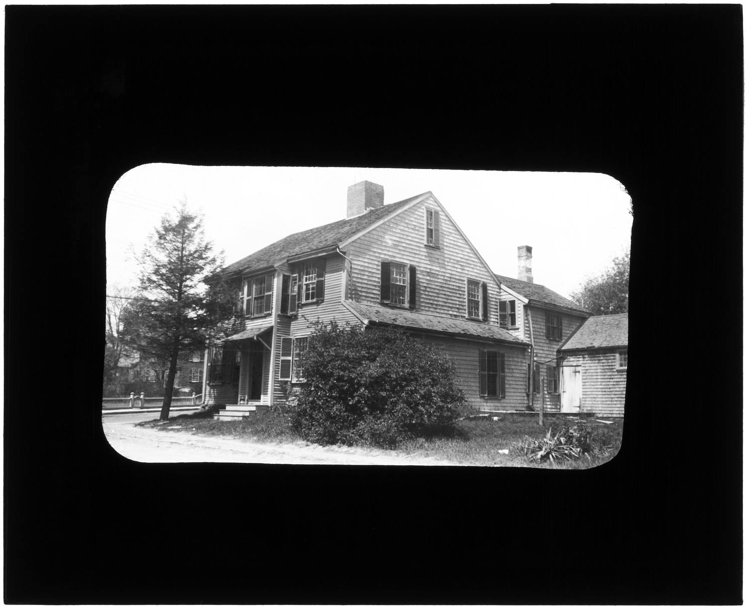 135. John Brewster house, Main and Linden Streets, 1922