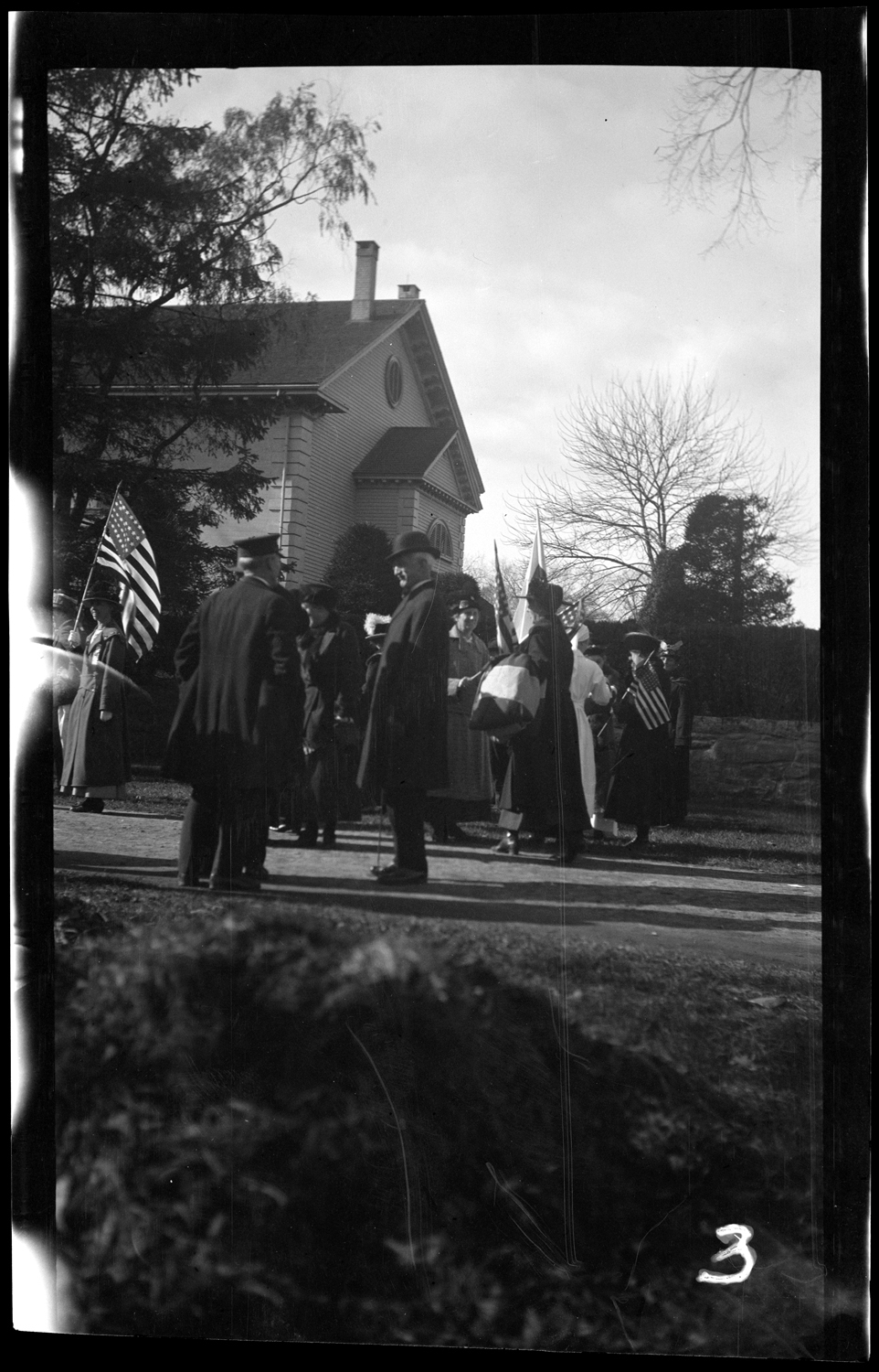 Spectators at the Welcome Home parade, October 18, 1919.